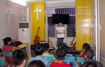 2015-06-26 be mac lop hoc dan (1)
