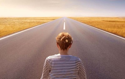 road-horizon-woman-faith-sky-wide