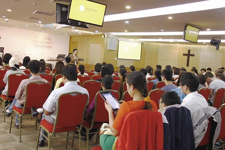 Tương Lai Trong Tay Chúa – Mục Sư Phạm Tuấn Nhượng – BGCN 13/11/2016
