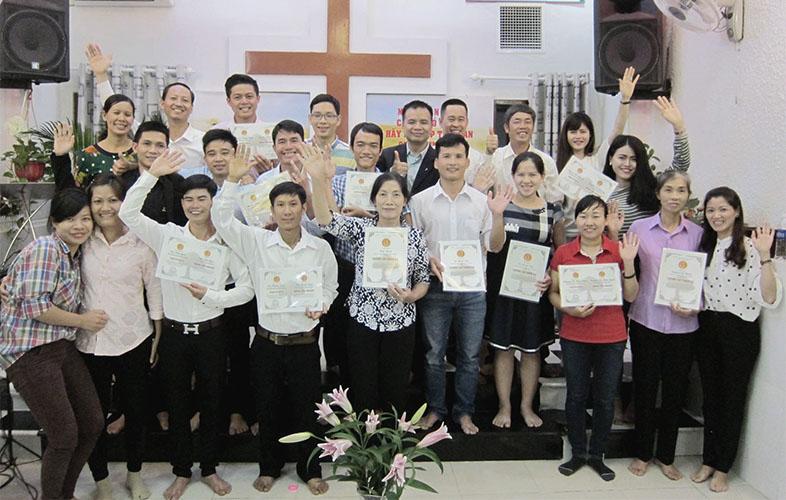 Lễ Bế Giảng Khóa Học Kinh Thánh Năm Một Tại Sài Gòn