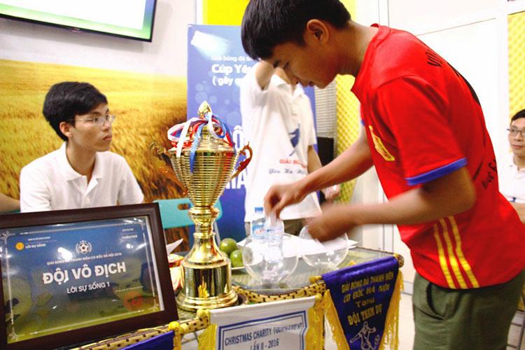 Giải Bóng Đá Yêu Hà Nội: Các Đội Hứng Khởi Bốc Thăm Chia Bảng