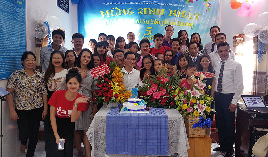 Mừng Sinh Nhật Hội Thánh Tại Bình Dương Tròn Năm Tuổi