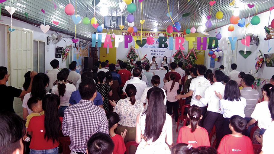Mừng Sinh Nhật Hội Thánh Lời Sự Sống Tại Đắk-nông Tròn Bốn Tuổi