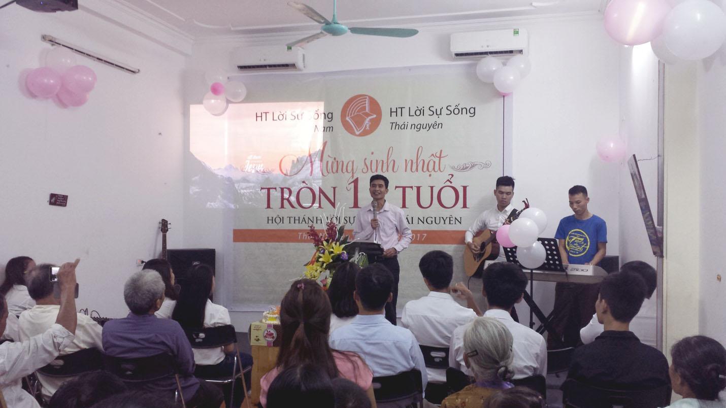 Mừng Sinh Nhật Hội Thánh Lời Sự Sống Tại Thái Nguyên Tròn 11 Năm Tuổi
