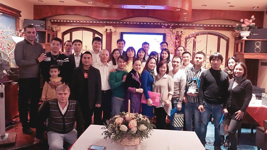 Khai Giảng Khóa Học Kinh Thánh Cho Người Việt Tại Nga